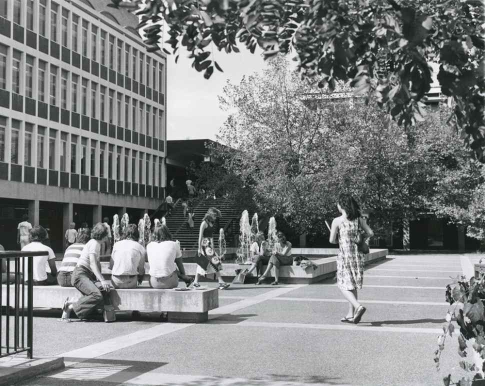 Historical image of Plaza